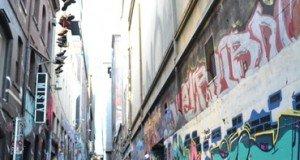 Street Art in Hosier Lane , Flindlers Street in Melbourne