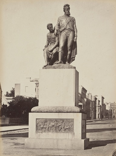 Burke and Wills statue